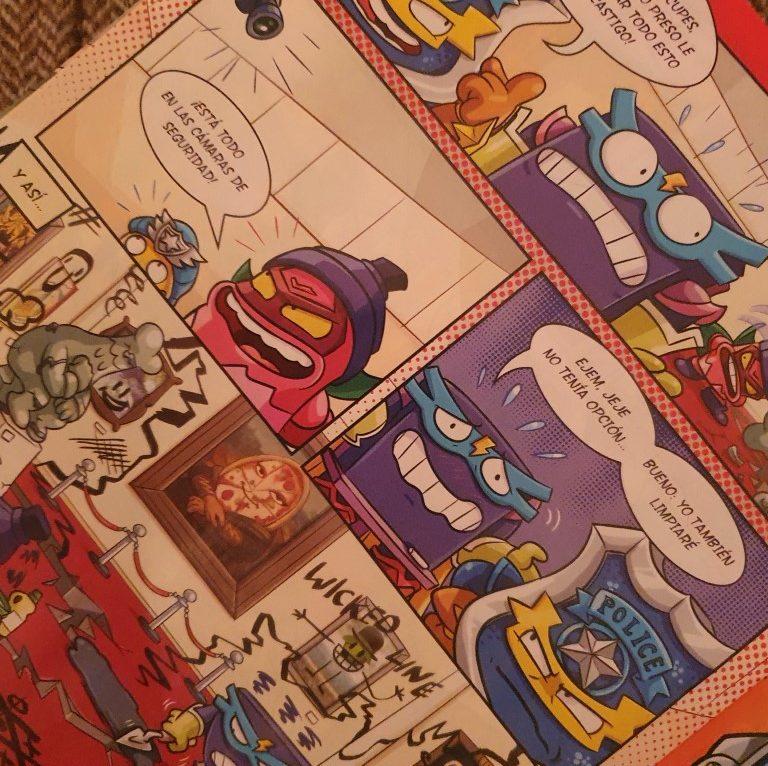 Leemos cómics con Superthings - Telar de Libros