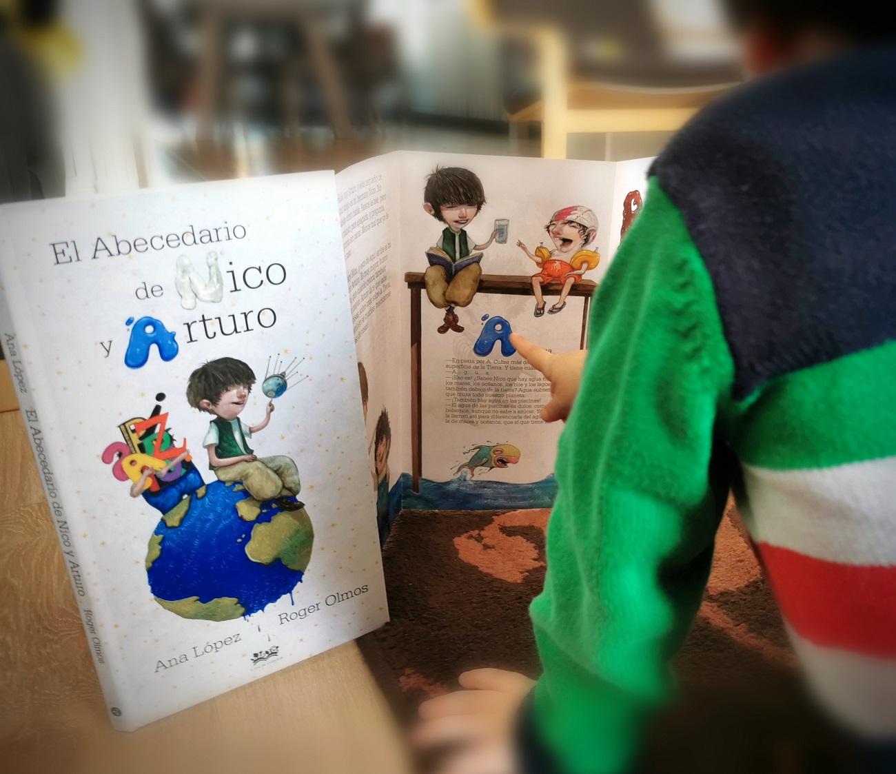 El abecedario de nico y arturo ana lopez_portada_telar de libros