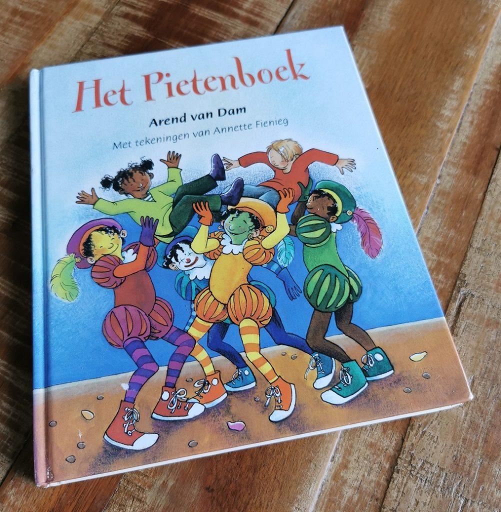 Het Pietenboek_Arend van Dam_Telar de Libros