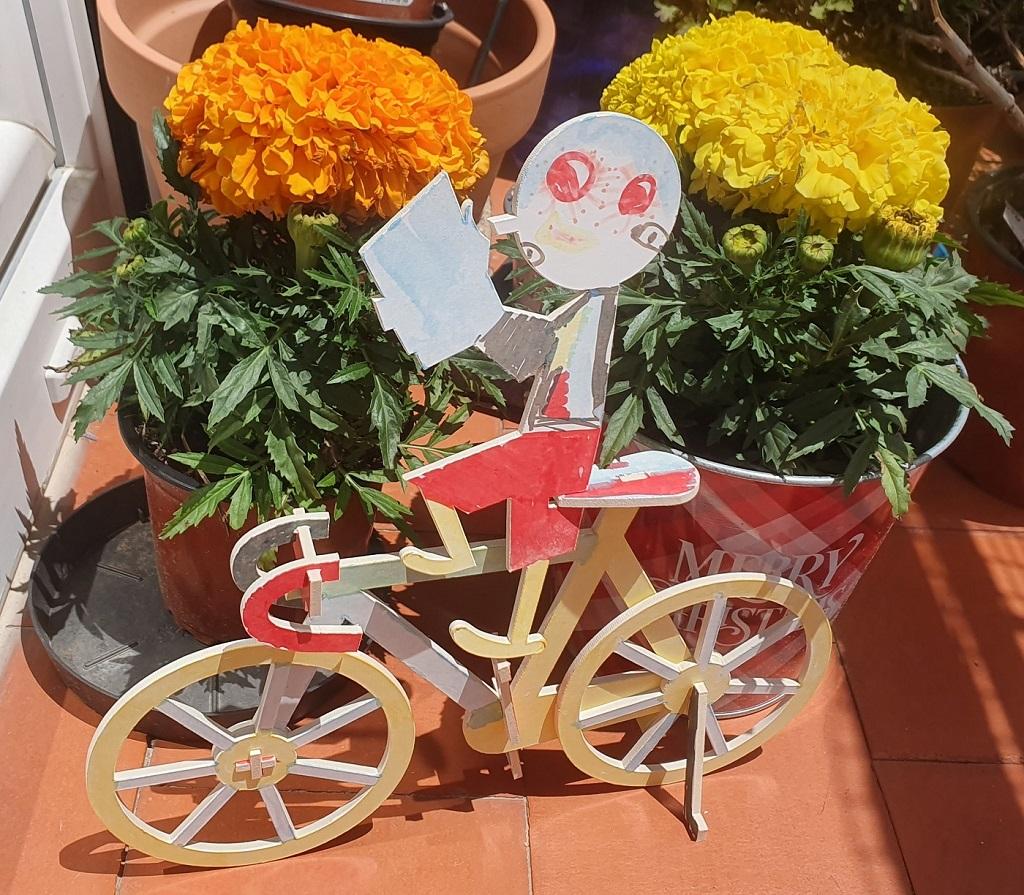 Taller - La Bicicleta Amarilla - Matteo Pelliti y Riccardo Guasco - reseñas de libros para niños - Telar de Libros