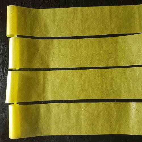 Calendario de Adviento Telar de Libros - paso 2: recorta las tiras de papel