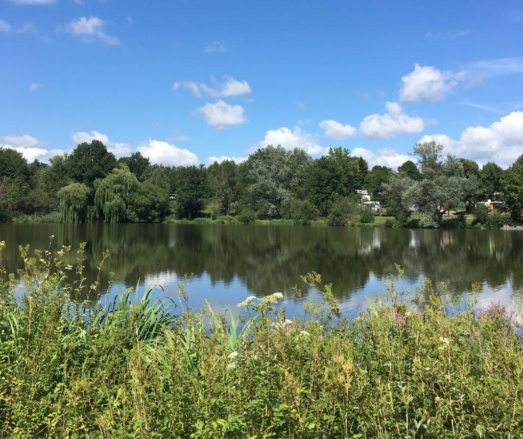 lago en el Nature Camping Bad Durrheim