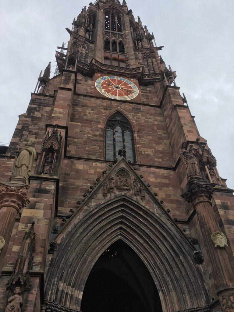 torre de la Catedral de Friburgo - fotografía: Telar de Libros